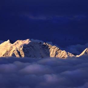 Фрирайд в июне. Фотоотчет о восхождении и спуске на сноубордах с Эльбруса