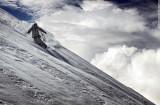 Восхождение на Эльбрус ( 5642м) и спуск с вершины на лыжах или сноуборде.